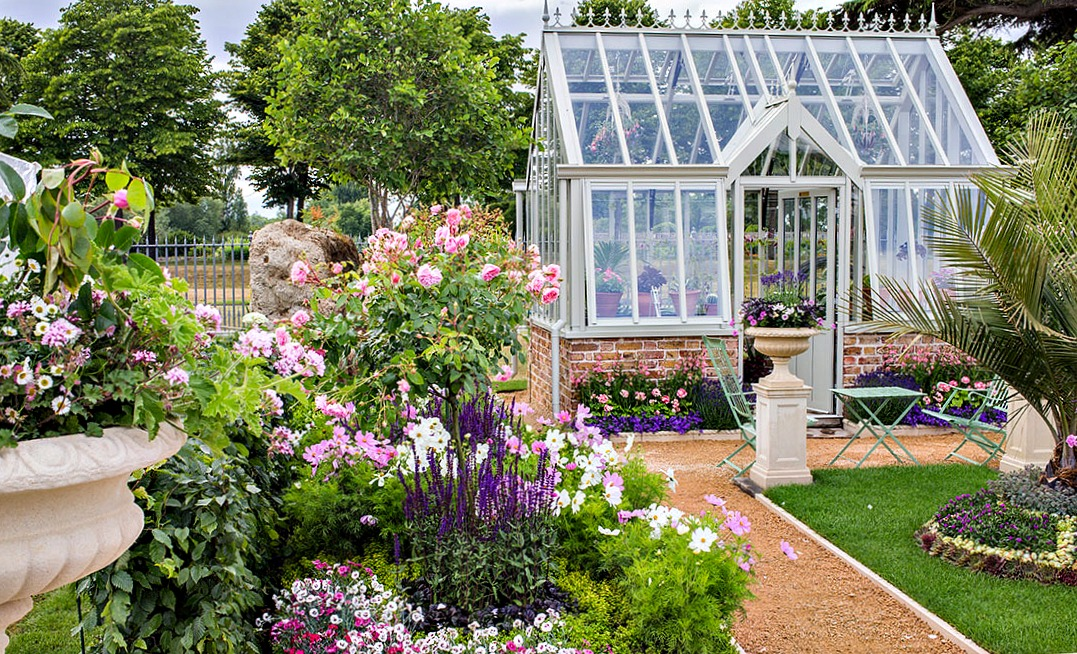 4 Gardening Gadgets to Make Life Easier   World Picture News